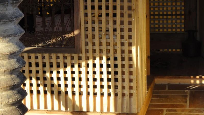 Les claustras de la mezzanine