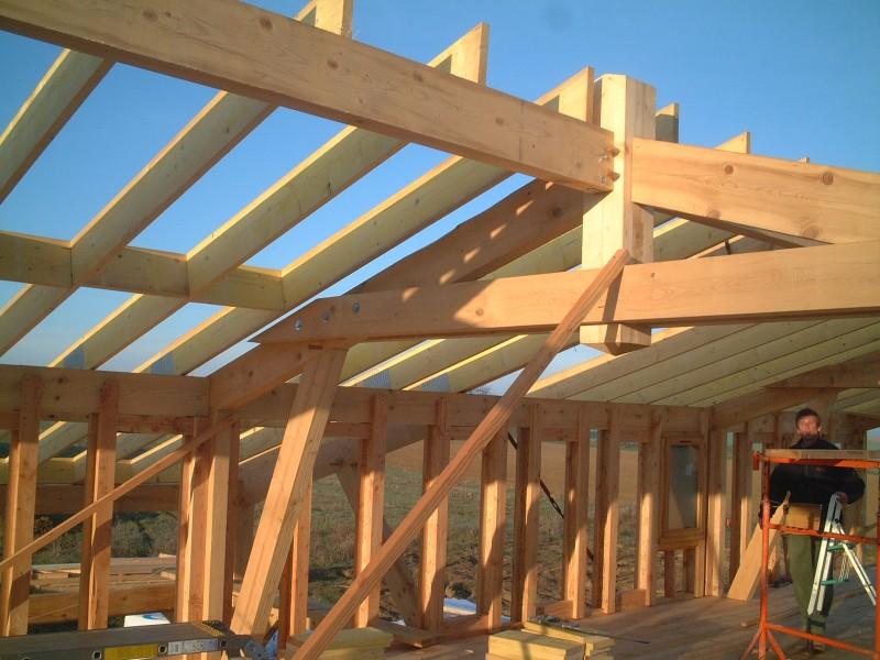 Maison à ossature bois, ferme à entrait retroussé