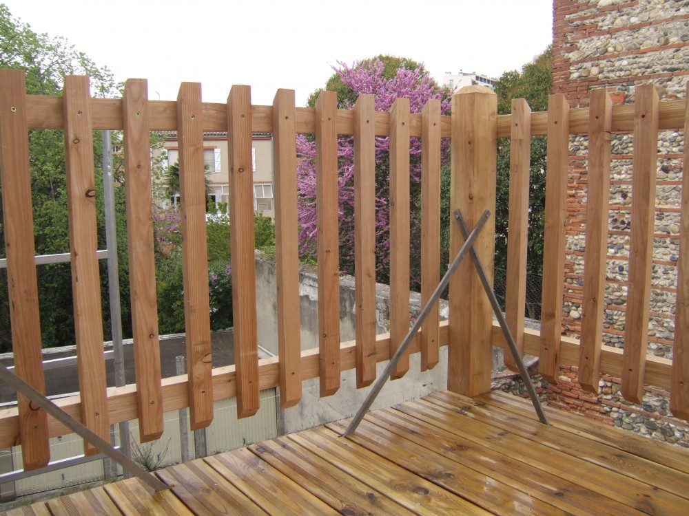 Rambarde d'un balcon/terrasse suspendue
